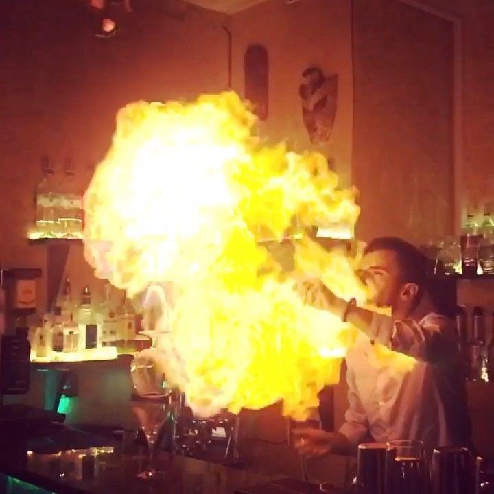 Fire Breath @socialbat @v3n1.v1d1.v1c1 #cocktail #cocktails #bar #bartender #zombie #rum #drink #drinks #alcohol #booze #craft  #fancy #skull #cafe #lounge #armenia #special #hookah #shisha #кальян #darkside #show #trick #tricks #fire #flame