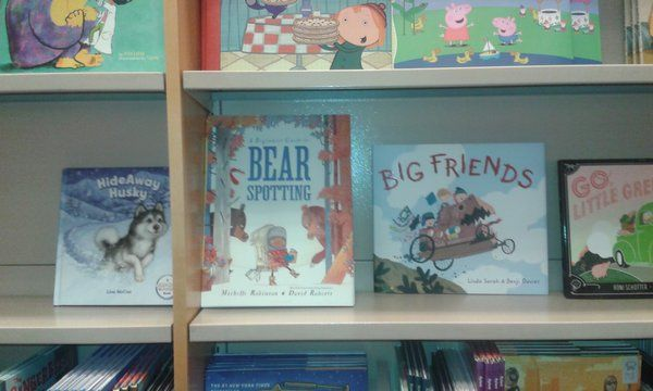 """Polly Faber on Twitter: """"Eek! I've spotted BEARS in New York @MicheRobinson. Luckily I know *just* what to do... """""""
