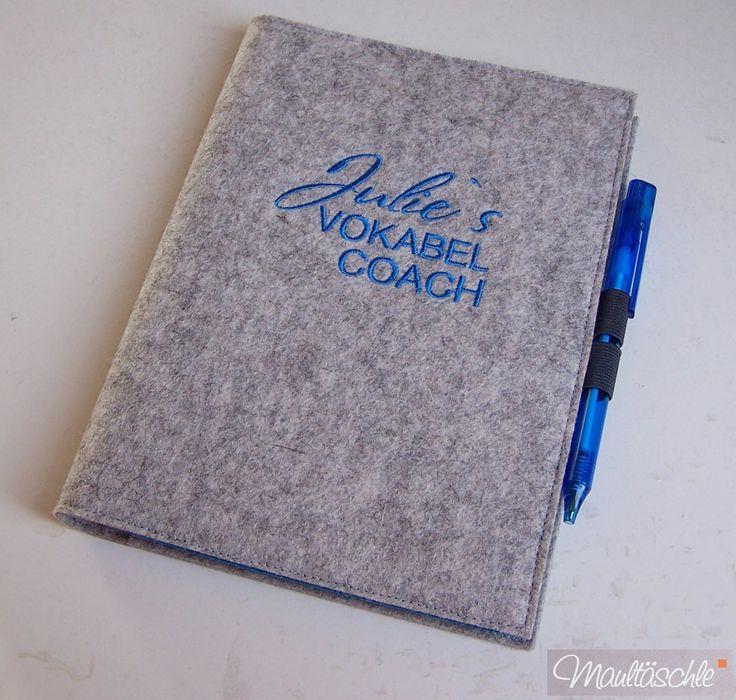 #Schule #Studium #Vokabelheft #Filz #personalisiert http://de.dawanda.com/product/91283019-vokabelcoach-im-filz-bestickt-kugelschreiber