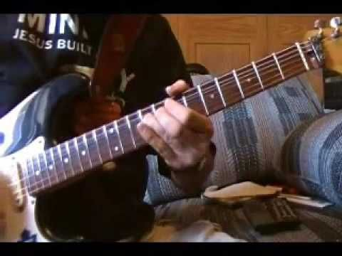 YouTube - Pink Floyd - Money - guitar solo's 1 , 2 and 3 .