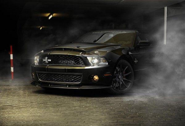 Обои картинки фото Ford, mustang, gt500, shelby, sportcar, черный, полосы, дым, авто, спорткар, car, мустанг, шелби, кобра