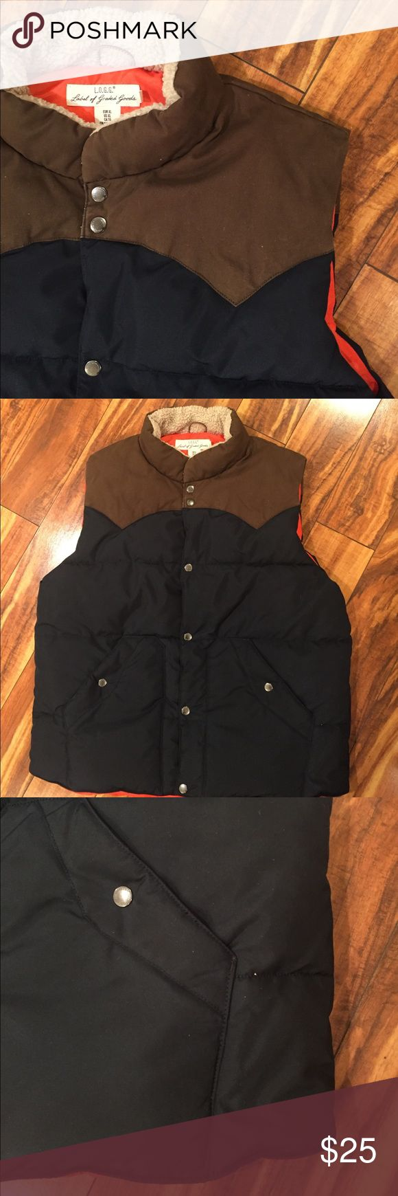 Nice Men's puffer vest. 🍁 In like new condition, men's puffer vest, navy and brown with orange lining.  Inner pocket, two side pockets.  Warm. H&M Jackets & Coats Vests