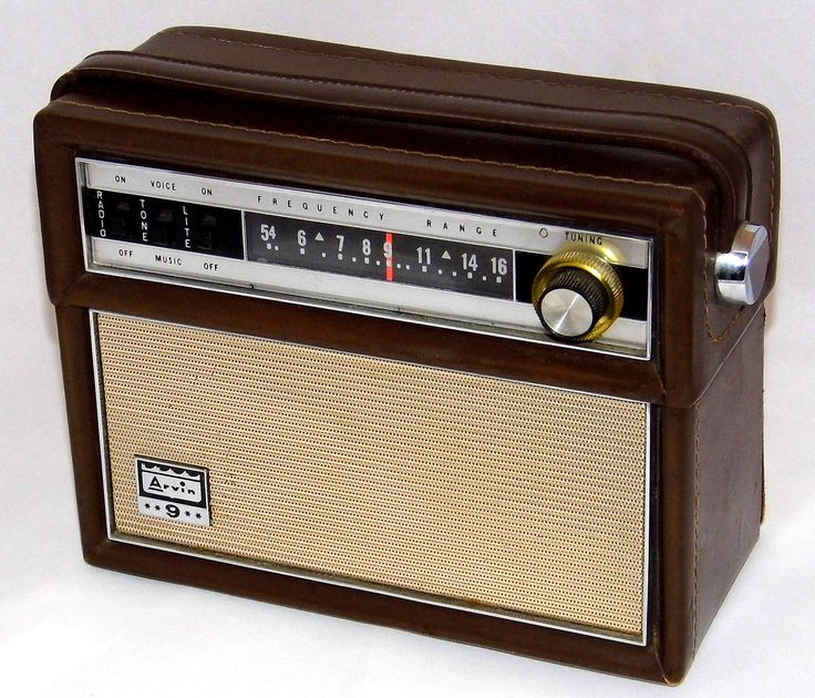 https://flic.kr/p/Zqfin1 | Vintage Arvin Portable Transistor Radio, Model 63R58, AM Band, 9 Transistors, Leather-Covered Walnut Case, Made In USA, Circa 1963