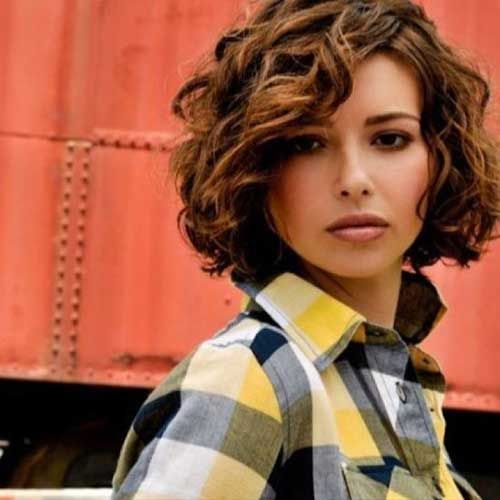 Bob Short Curly Hairstyles with Side Apart