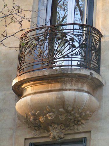 ♕ Avignon, France