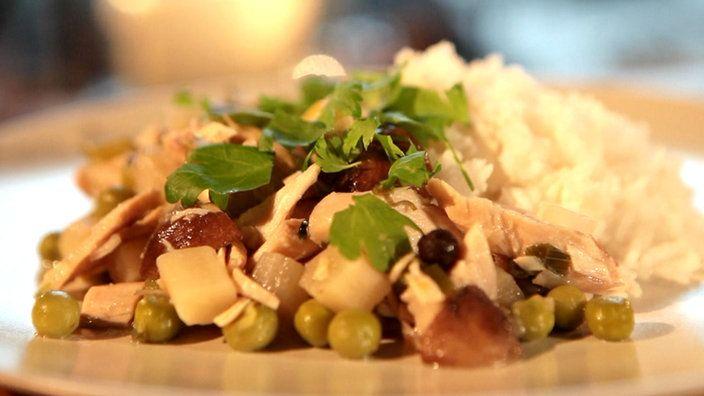 Hühnerfrikassee vom Suppenhuhn mit Basmati-Reis | Bildquelle: wdr