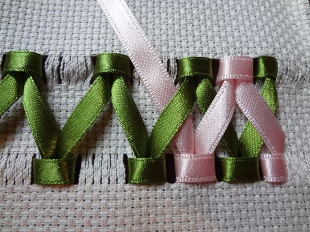 How To Make A Braided Ribbon Border.