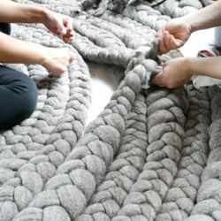 This site could be very dangerous! It has a million DIY projects! Pin now read later: Diy Ideas, Creative Crafts Ideas, Diy Crafts Projects Ideas, Reading Lateral And, Braids Rugs, Diy Decor, Diy Site, Diy Rugs, Diy Projects