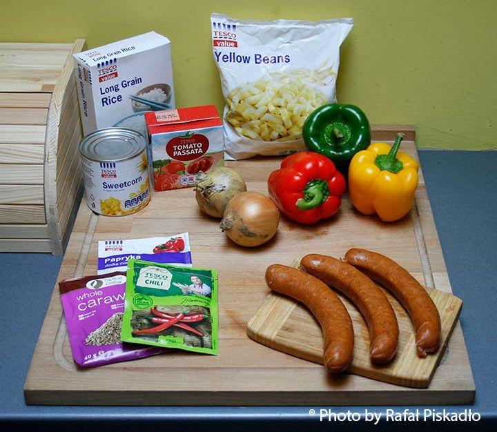 Men'ska Kuchnia: Coś dla studenta, czyli Wyśmienite Leczo na budżecie