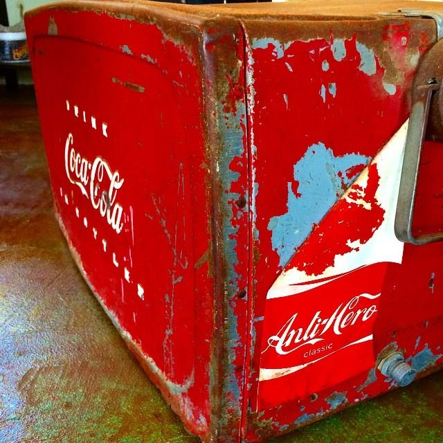 1000 images about awesome drink coolers on pinterest for 1 door retro coke cooler