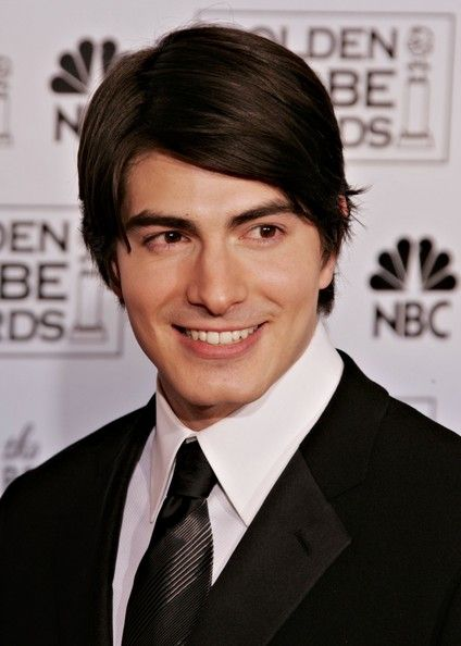 Brandon Routh Photos - Actor Brandon Routh poses backstage during 63rd Annual Golden Globe Awards at the Beverly Hilton on January 16, 2006 in Beverly Hills, California. - 63rd Annual Golden Globe Awards - Press Room