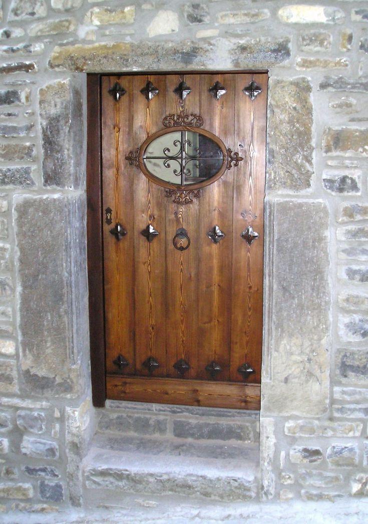 Carpinteria arboleda portones y puertas rusticas for Puertas rusticas de madera interior