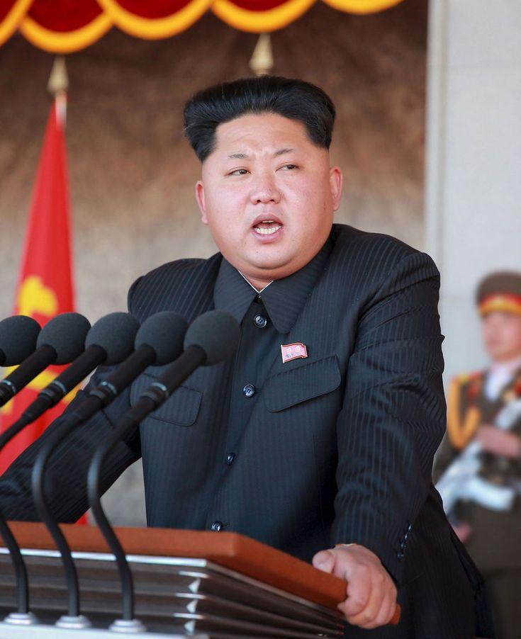"""In de categorie """"waanzinnig nieuws over Noord-Korea"""" berichtten verschillende media dat de Volksrepubliek haar mannelijke inwoners zou verplicht hebben om het kapsel van diens leider, Kim Jong-un, aan te nemen."""