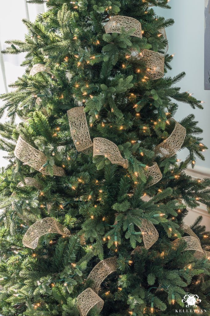 How to weave ribbon in a Christmas Tree Christmas Tree Pinterest
