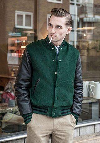 緑スタジャン×デニムシャツ+チノパンの着こなし(メンズ) | Italy Web