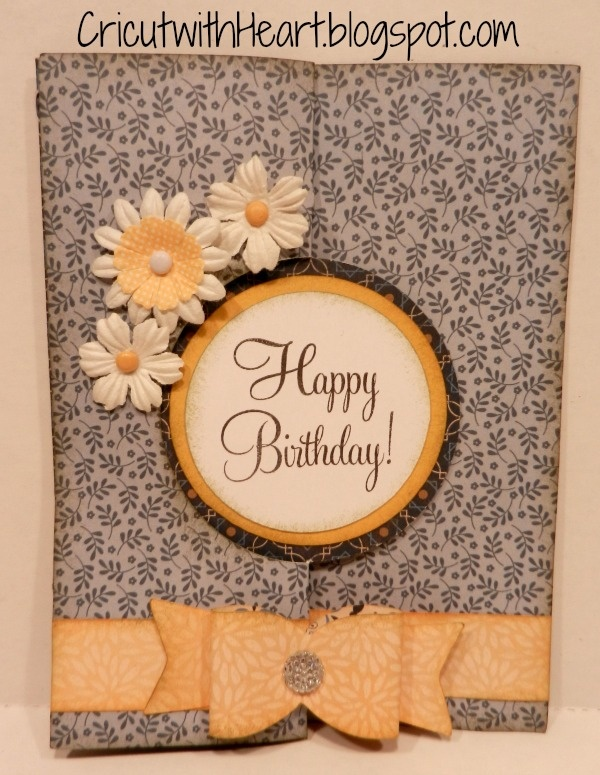 Cricut with Heart: Birthday swing card with Artiste