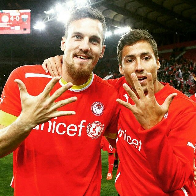 5 championships for Fuster and Meyery in Olympiakos, the best team ever in greek football league history