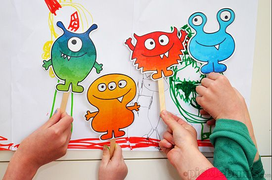 Free Printable Monster Puppets plus bonus note cards! - from picklebums @Jennifer E