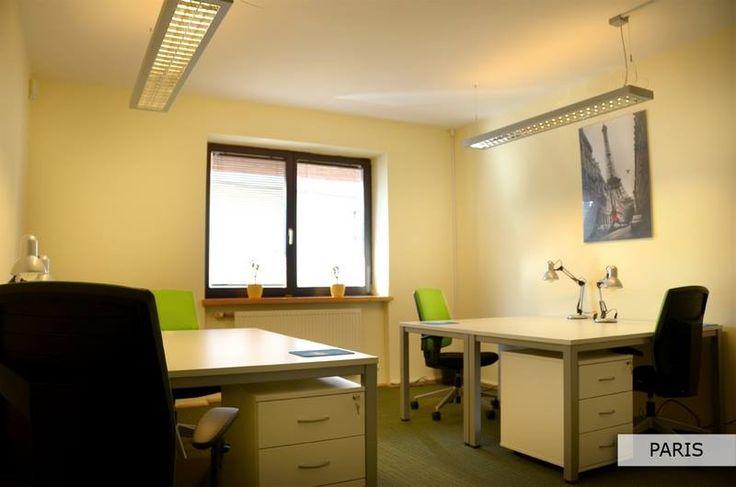PARIS - komfortowe biuro z klimatem -  powierzchnia biura (20 m2), i komfortowe wyposażenie (4 biurka) pozwalają wygodnie pracować 4 osobom.