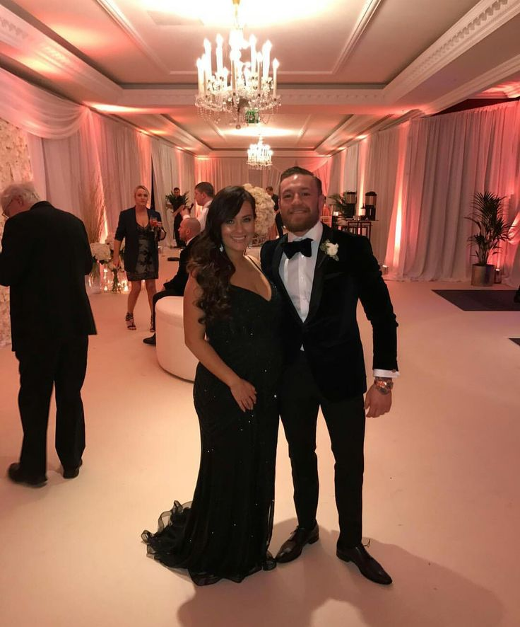 Conor McGregor and his longtime girlfriend Dee at Conors sisters wedding 2016