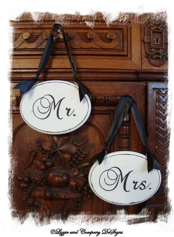 Mr. & Mrs. chair signs @Carolyn Rafaelian Price and so easy to do with my circuit!
