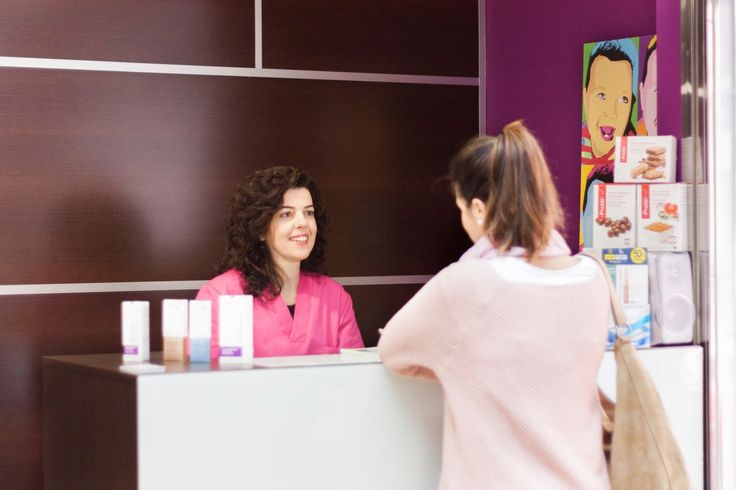 Eliminación de manchas solares, peeling químico, depilación láser, dietas personalizadas y muchos otros tratamientos de #estética #belleza sin necesidad de intervención quirúrgica en #Zaragoza C/ Moncasi.