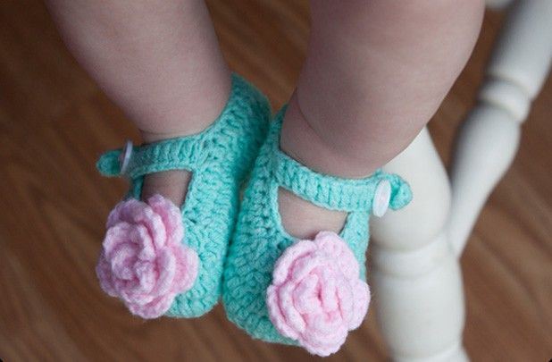 GroopDealz | Crochet Baby Shoes