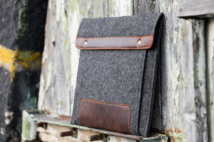 Dark Felt MacBook Case 11 with pocket and leather strap closure. macbook 11 cover. macbook 11 sleeve. mac 11 case. mac 11 cover. mac 11 bag. by WiseStitch on Etsy https://www.etsy.com/uk/listing/249992353/dark-felt-macbook-case-11-with-pocket