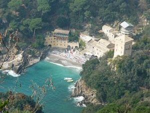 Die Abtei von San Fruttuoso, nur zu Fuß oder mit der Fähre erreichbar