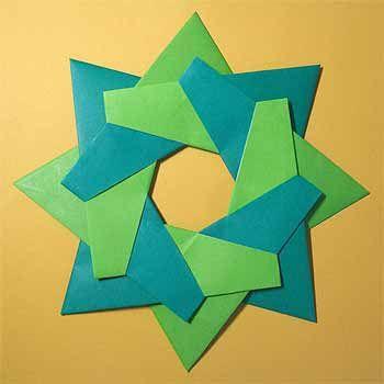 折り紙でクリスマスリースの折り方!8枚で簡単な飾りの作り方   セツの折り紙処