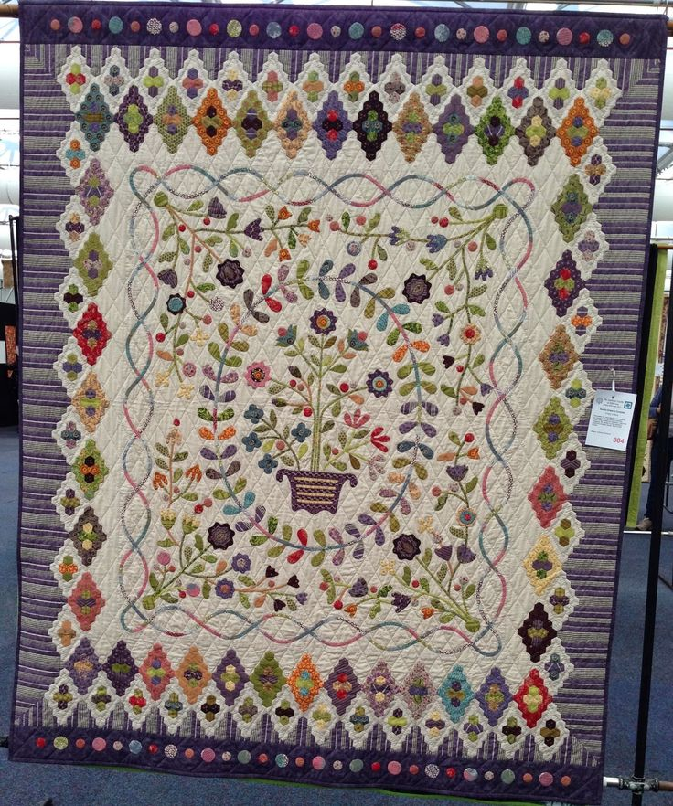 "Buddy & Me: Sydney Quilt Show & ""Quilts on the Downs"" Aunty Greens Coverlet - Trudy Johns"