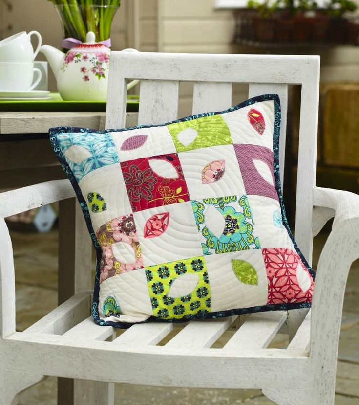Petal Cushion by Laura Potts for Love Patchwork & Quilting issue 6