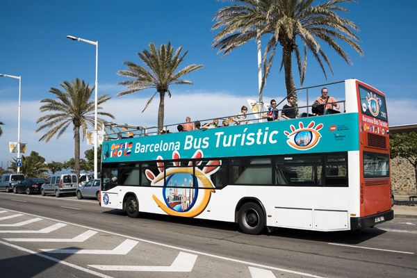 Barcelona Bus Turistic - 3 routes (2hrs each, excl. green route - 40 min) 24 euros for 1 day, 31 euros for 2 days