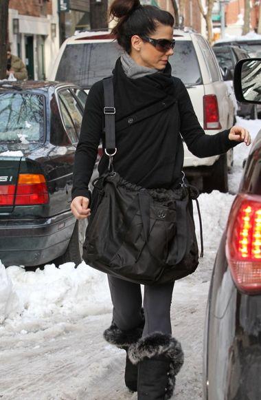 Sandra Bullock! Head to toe lululemon!
