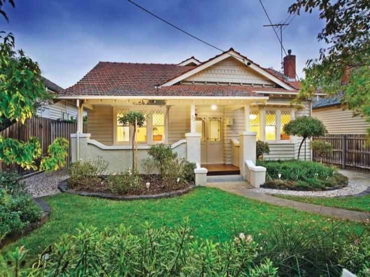 Photo of a house exterior design from a real Australian home - House Facade photo 477353. Browse hundreds of facade designs from Australian homes on Home Ideas.