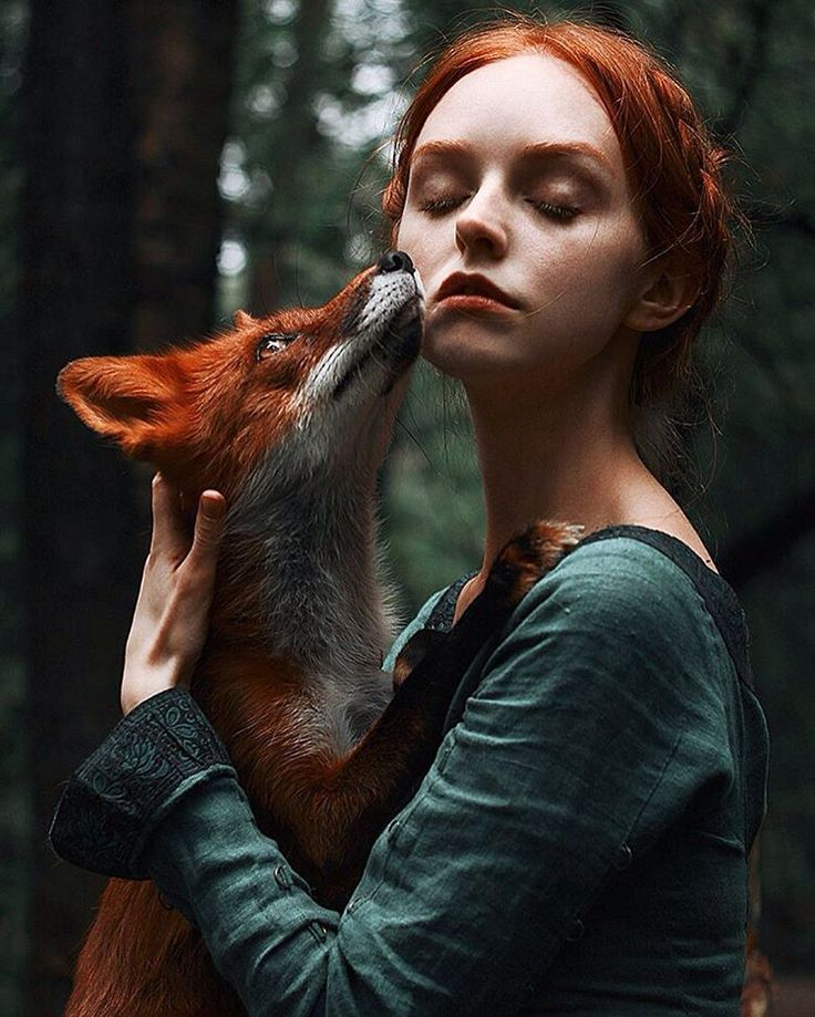 Alexandra Bochkareva is a talented self-taught portrait and fine-art photographer, who's focuses on sensual portraits of redhead and freckled people.