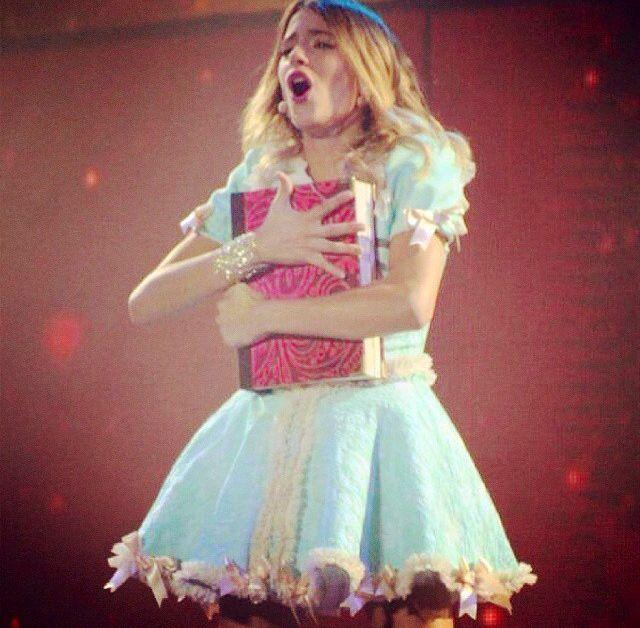 Violetta LIVE  #SoyMiMejorMomento