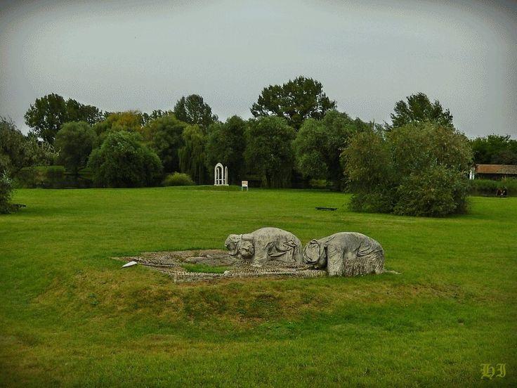Ópusztaszer-  emlékpark