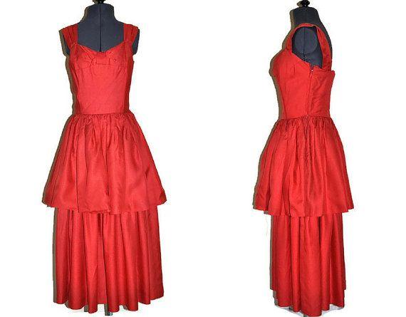 Robe rouge des années 1940 par John Selby / / robe de soirée Peplum Vintage / / robe de Cocktail / / taille Small