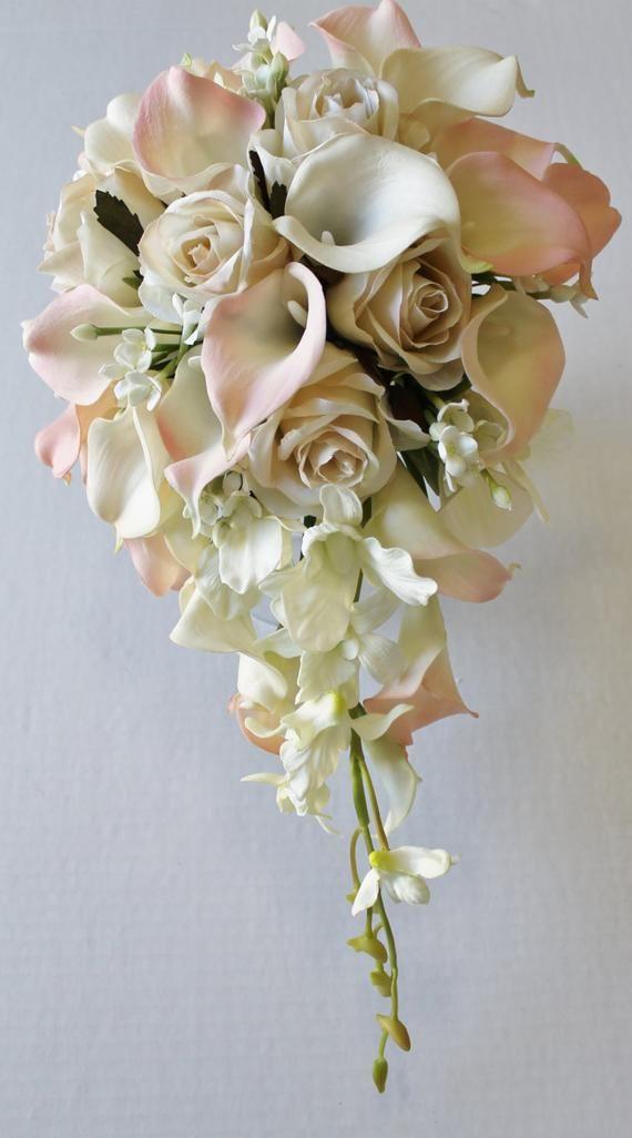 Kaskade Hochzeit Calla Lily Bouquet Elfenbein erröten Bouquet Brautstrauß Real Touch erröten Calla Lily Brautstrauß Hochzeitssträuße   – wedding