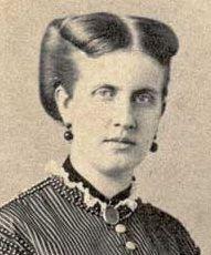 Leopoldina de Bragança e Bourbon – Leopoldina Teresa Francisca Carolina Micaela Gabriela Rafaela Gonzaga de Bragança e Bourbon (Rio de Janeiro, 13 de julho de 1847 — Viena, 7 de fevereiro de 1871) era filha do imperador dom Pedro II e da imperatriz D. Teresa Cristina.  Princesa do Brasil por nascimento, dona Leopoldina renunciou aos seus títulos ao casar-se com Luís Augusto de Saxe-Coburgo-Gota, assumindo então os títulos de princesa de Saxe-Coburgo-Gota e duquesa de Saxe,