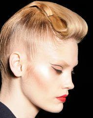 This is the most popular winter hairstyle
