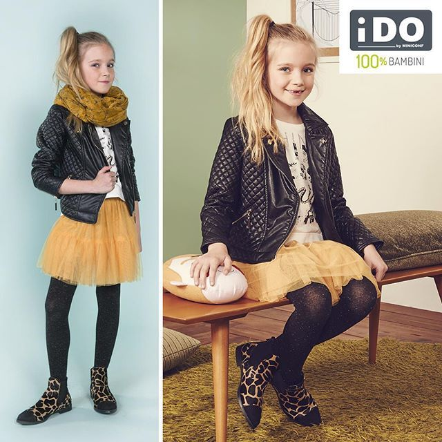 La gonna in tulle giallo abbinata al chiodo nero in eco pelle donerà alle vostre bambine un look grintoso e di tendenza, perfetto per affrontare queste prime giornate di pioggia! ⛅️☔️ #iDOkidswear #NewCollectionKids #HappykidsiDO #100x100bambini #HelloAutumn #AI2015 #rainday
