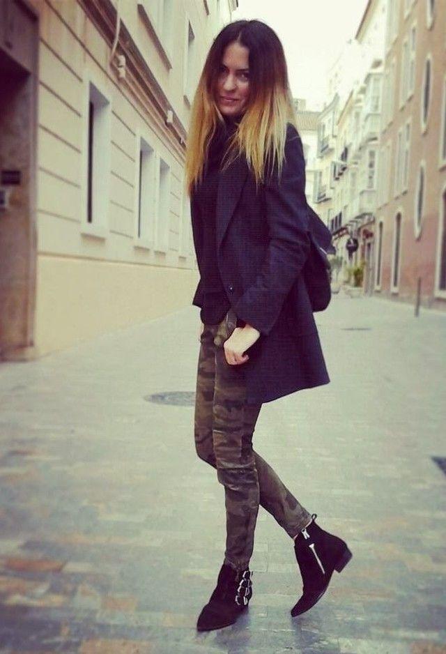 Mango  Abrigos, Zara  Pantalones and Zara  Botines