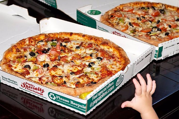 2 Pizzas for $20 Million Dollars? One #Bitcoin is now worth $2,138 each!     https://www.entrepreneur.com/article/294703