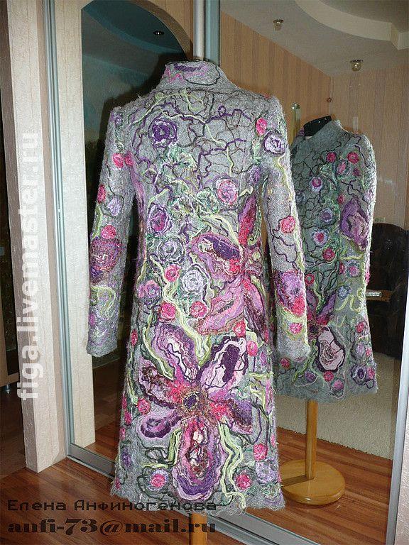 Купить Пальто в технике крейзи - пряжа, атлас, люрекс