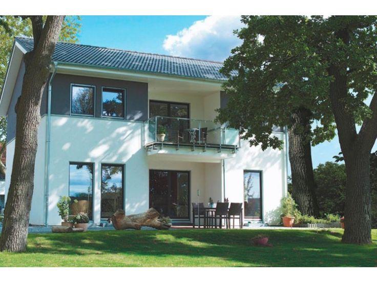 Stadthaus 2 einfamilienhaus von haacke haus gmbh co for Fertighaus satteldach modern