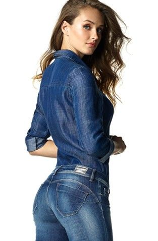 Salsa's Wonder jeans are the number one push-up jeans. For sensuality and comfort, maintains its low-rise! #salsajeans #denim