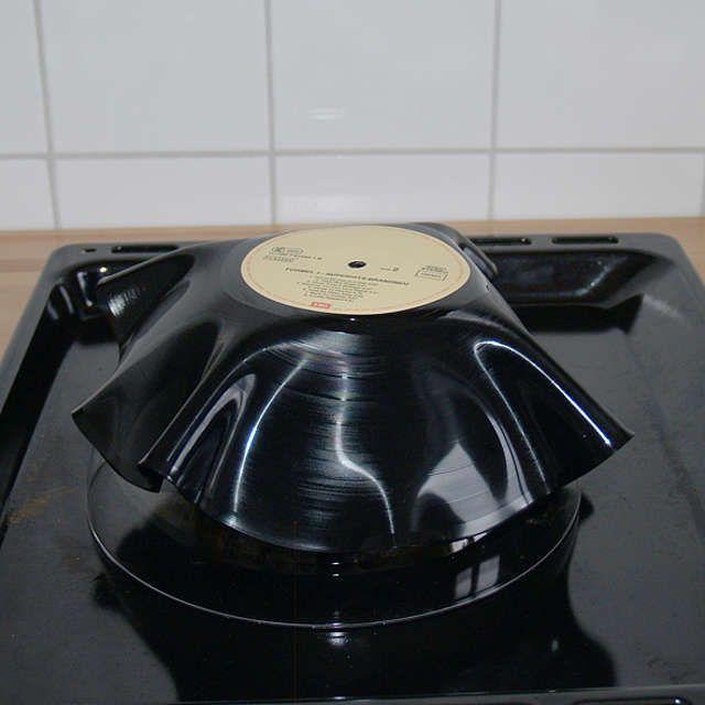 Schale aus Schallplatte