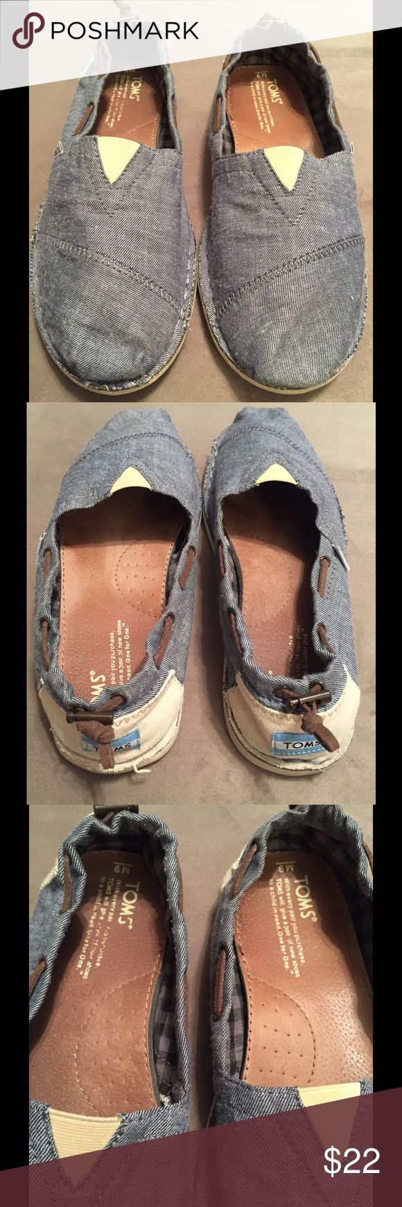 Men's TOMS chambray size 9 shoes Like new. Smoke free home TOMS Shoes Loafers & Slip-Ons